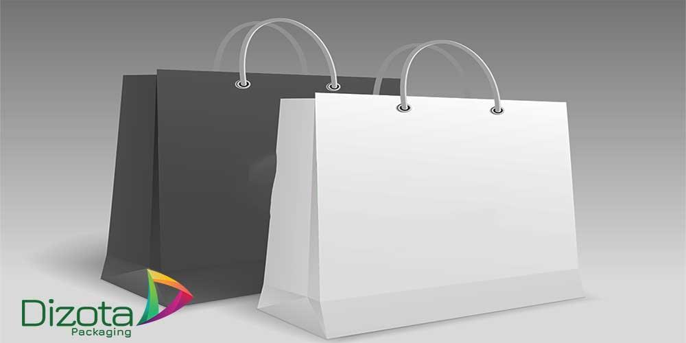 Túi giấy kraft màu đen và trắng